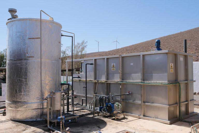 Planta piloto de biogás marca TAGA Tecnología ambiental gallega en Agüimes